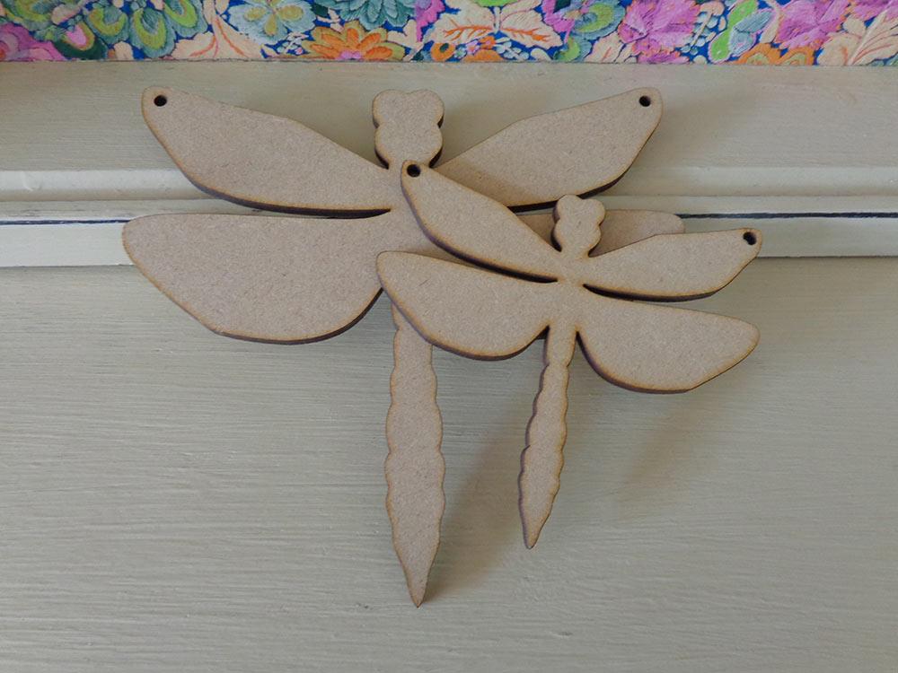 Dragonfly Bunting Shape - 10cm & 15cm