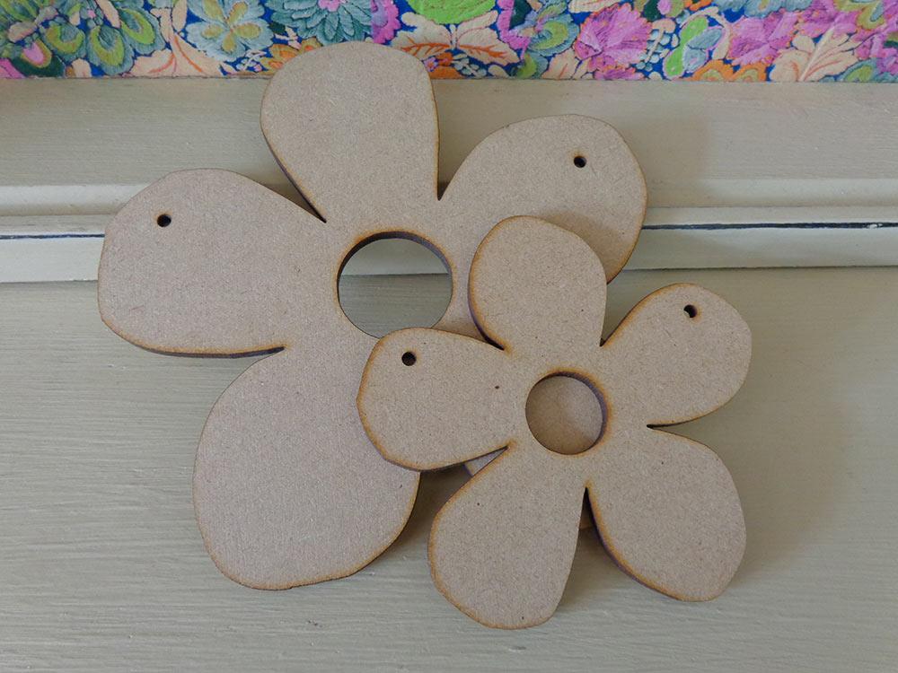 Flower Bunting Shape - 10cm & 15cm