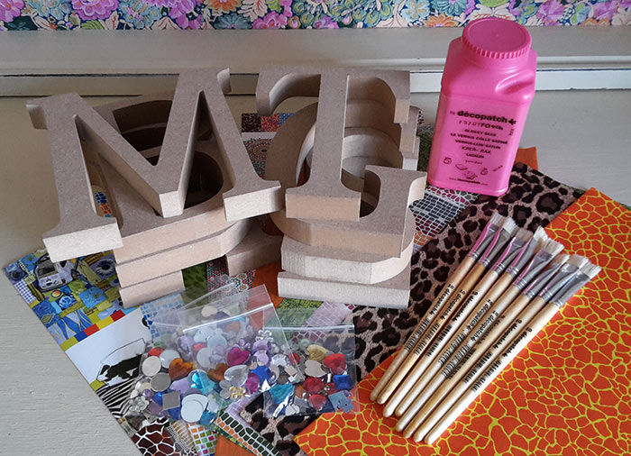 Decopatch Letter party kit for 8